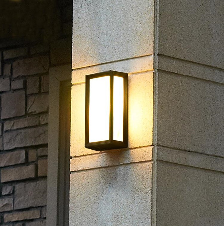 Contemporary Outdoor Wall Light Royals Courage Hanging