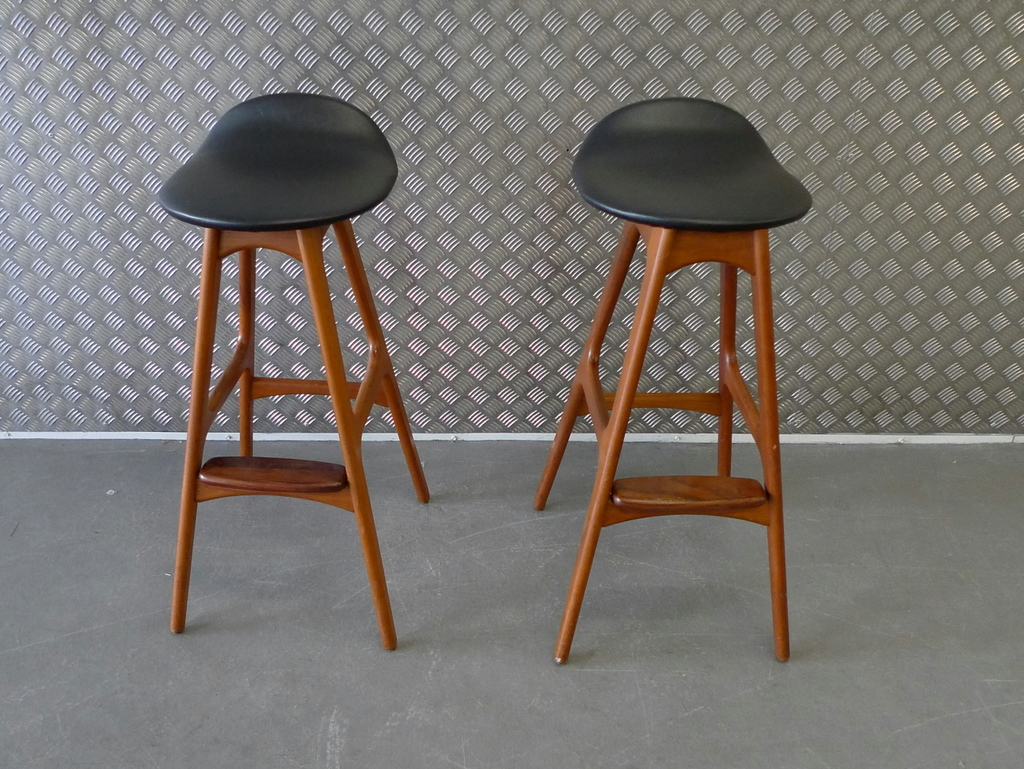 Tremendous Best Mid Century Modern Bar Stools Royals Courage Mid Dailytribune Chair Design For Home Dailytribuneorg