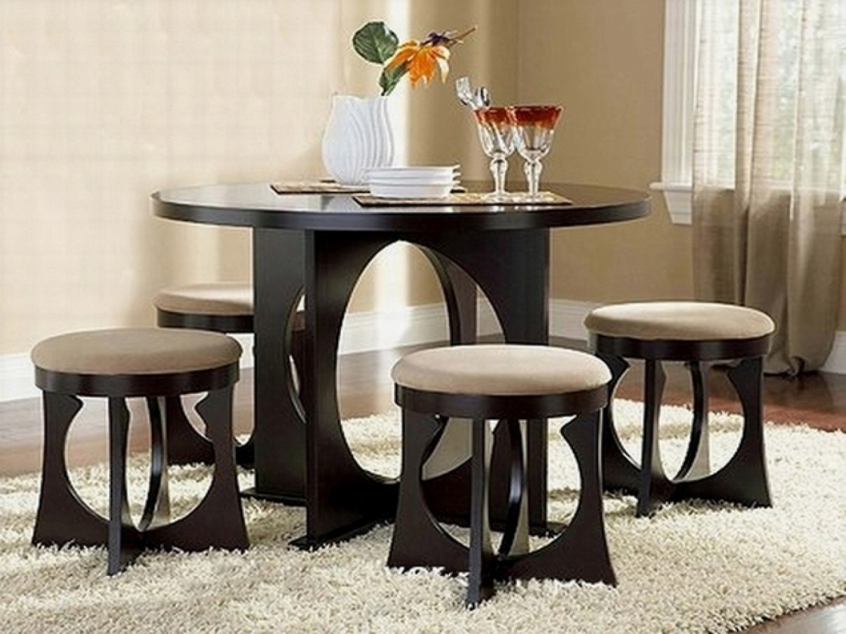 Cute Small Dining Table Set | Royals Courage : Adorning ...