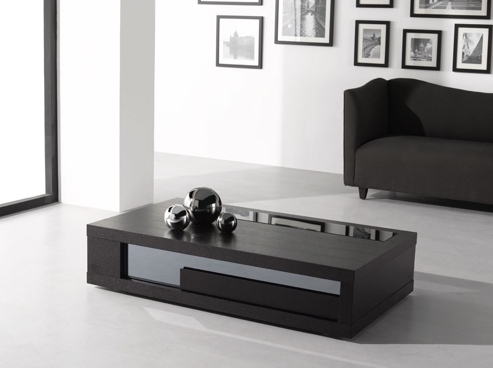 Coffee Tables For Small Spaces Apartment Therapy Ideas Royals
