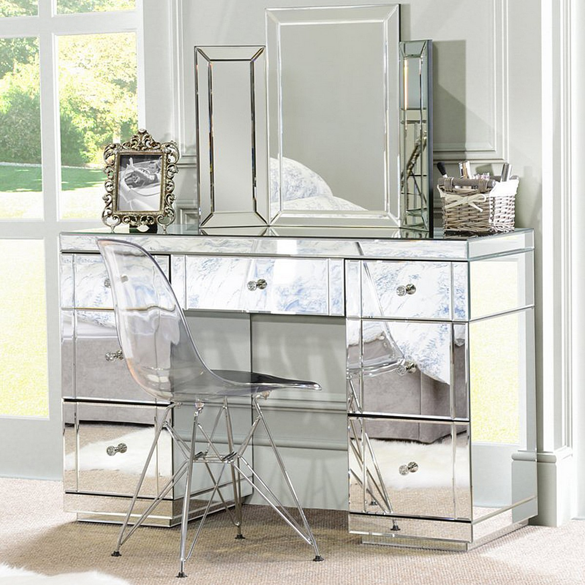 New Ornament Mirrored Bedroom Furniture