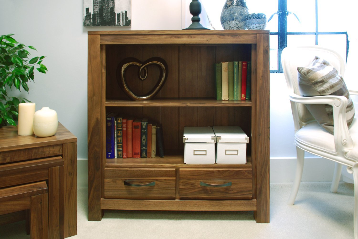 Low Bookshelf Small Royals Courage Low Bookcase Helps