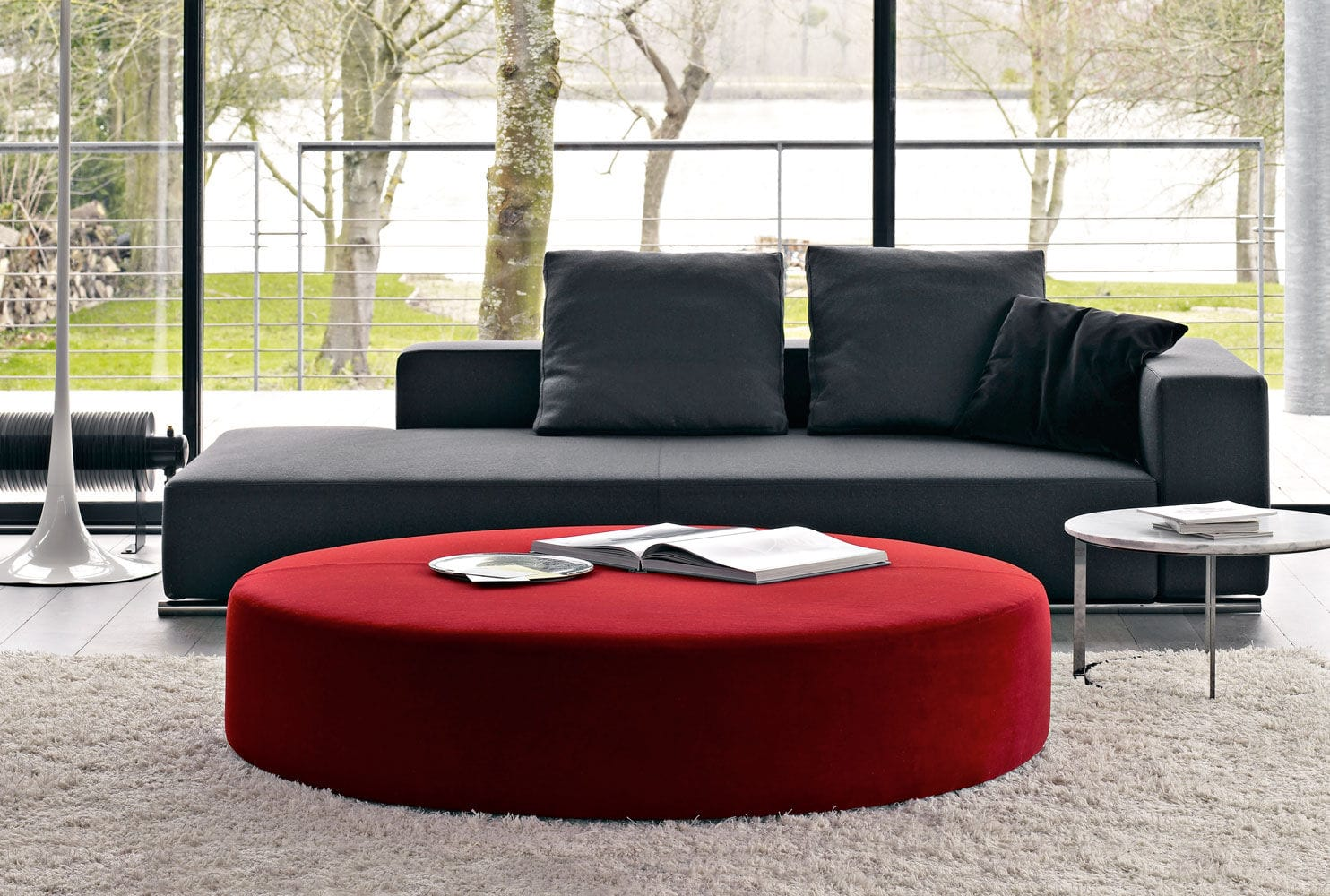 - Ottomans And Poufs Royals Courage : Adorning The Room With Large