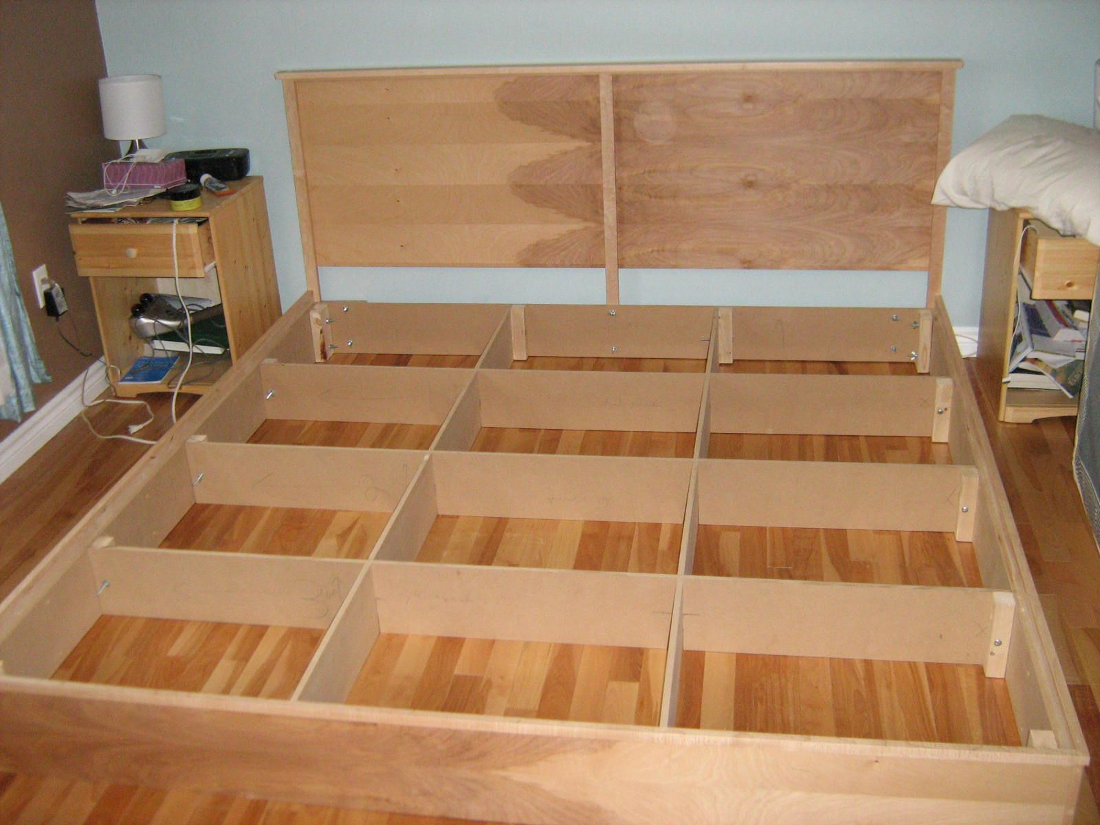 Platform Bed Plans With Nightstand Royals Courage