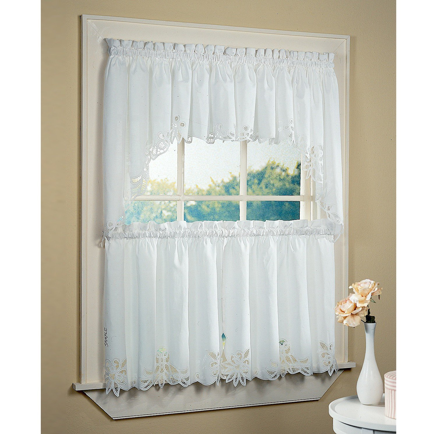 24 Greatest Fashions Of Bathroom Window Curtains Royals Courage