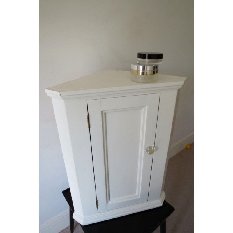 Wooden Corner Small Cabinets Royals