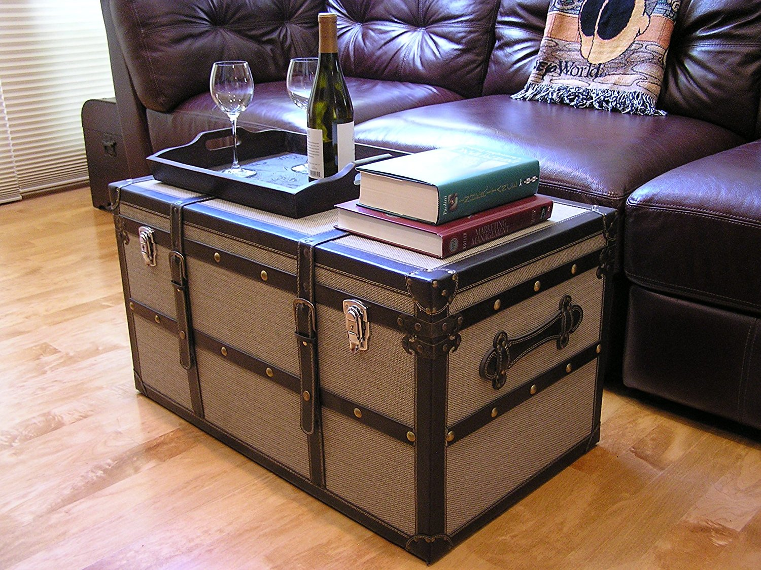 Picture of: Storage Trunk Furniture Royals Courage Concepts To Make Decorative Trunks