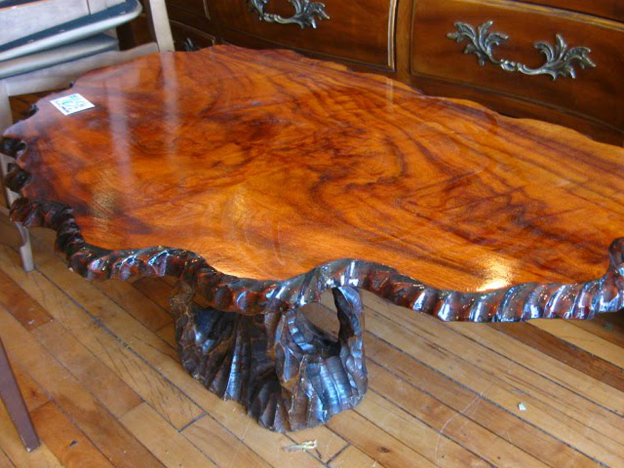 Selecting Tree Coffee Table Royals Courage