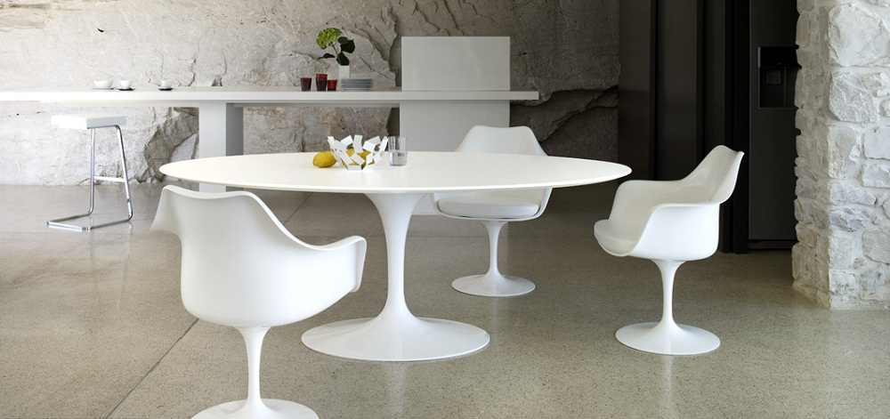 Tulip Style Dining Table Royals