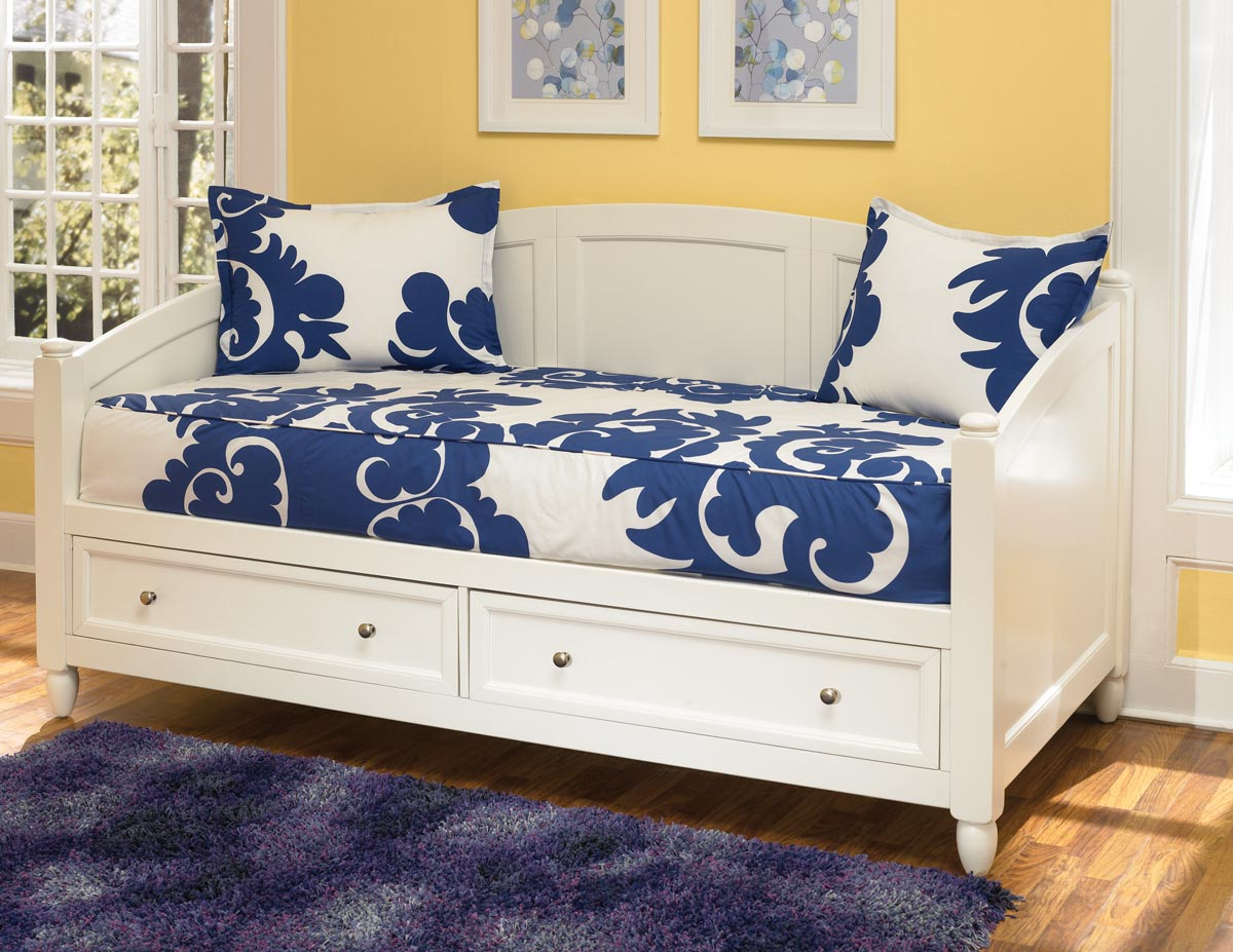 - Multifunctional Daybed With Storage Royals Courage