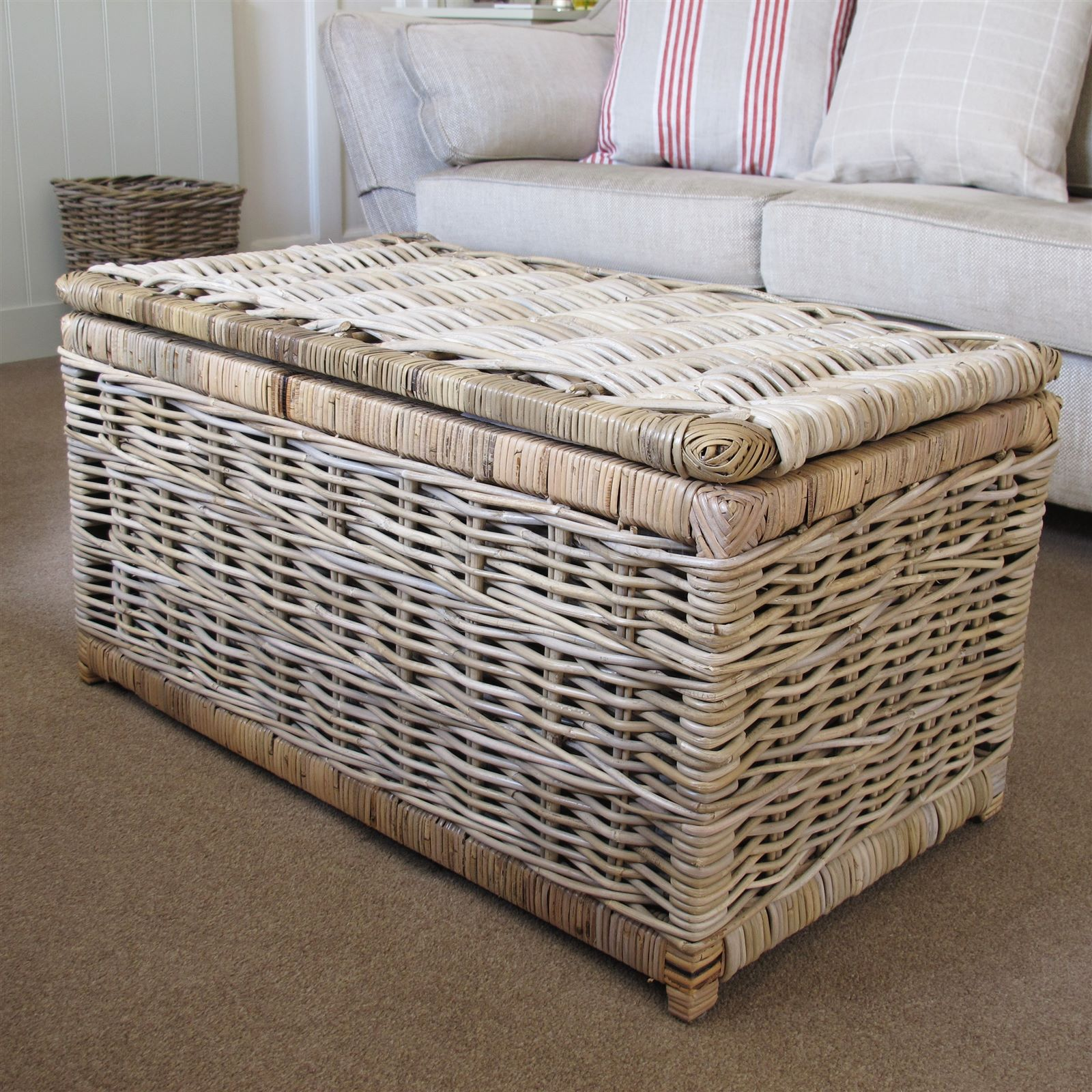 Wicker Trunks Royals Courage Tremendous Helpful Wicker Storage